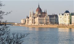 Berlin Schonefeld - Budapest (with return) from 15.73€