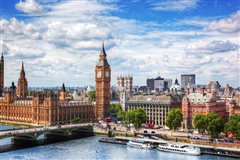 Malta - London Luton (with return) from 21.72€