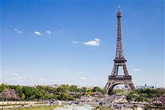 Madrid - Paris Beauvais (with return) from 29.98€
