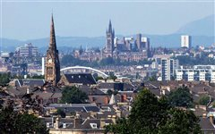 Brussel Charleroi - Glasgow (with return) from 19.98€