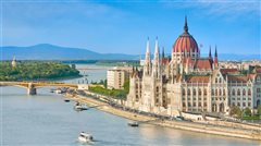 Paris Orly - Budapest (with return) from 62.98€