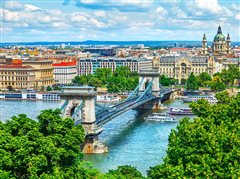 Berlin Schönefeld - Budapest with return) from 19.70€
