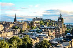 Milan Bergamo - Edinburgh (with return) from 31.85€