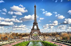 Lisbon - Paris Beauvais (with return) from 40.98€