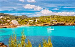 Barcelona-El Prat - Ibiza (with return) from 22.07€